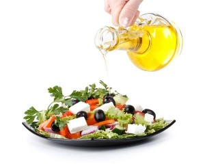 greek-salad-mediterranean-diet