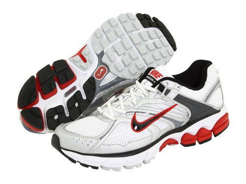 Flat feet running shoes