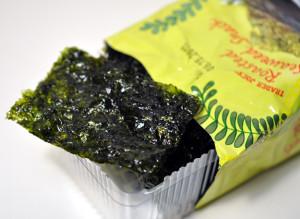 trader-joe-roasted-seaweed